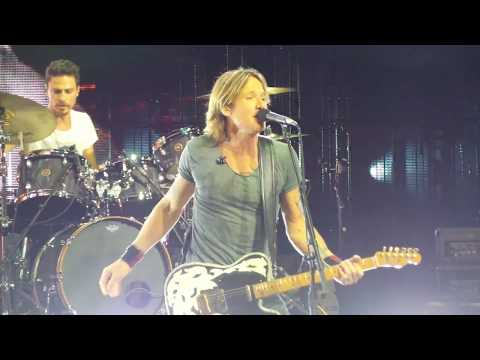 Keith Urban ~ Coming Home ~ Hollywood Casino Amphitheater ~ Tinley Park, IL ~ 08/18/2018