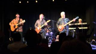 Denny Laine  and the Cryers - Go Now by the Moody Blues Live September 2015 at the Focal Point