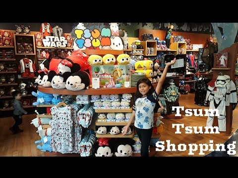 Tsum Tsum Toy Hunting at the Disney Store!