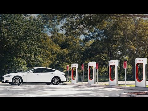 Tesla Wants Model S Drivers to Stop Hogging Superchargers
