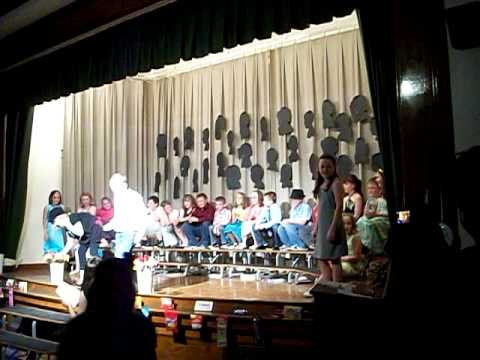 Opal Myrick Elementary school 4th Grade Celebration part 4