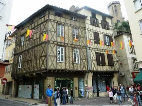 Foix - Ariège - Occitania - Occitanie - Foix France - Visit France - Se Canto - Hymne Occitan