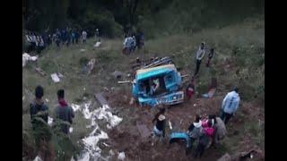 Otro aparatoso accidente de bus escalera se presentó en una vía del Cauca