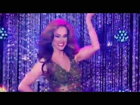 Cynthia Lee Fontaine | All Runway Looks