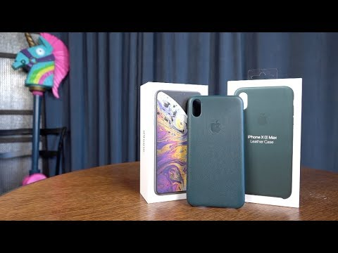 the latest a3a1a 1c728 Official iPhone Xs Max Leather Case in Forest Green