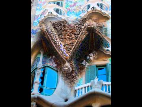 Organic Dream - Gaudí 's Hotel Attraction: Urban City