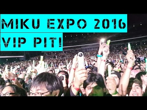 Hatsune Miku live concert in Los Angeles 2016 - World Is Mine - *1080p 60fps*