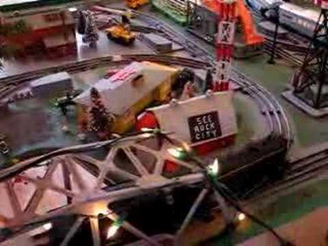 Lionel Train  1 of 2 Turntable Classic 50'sFloor Train Board