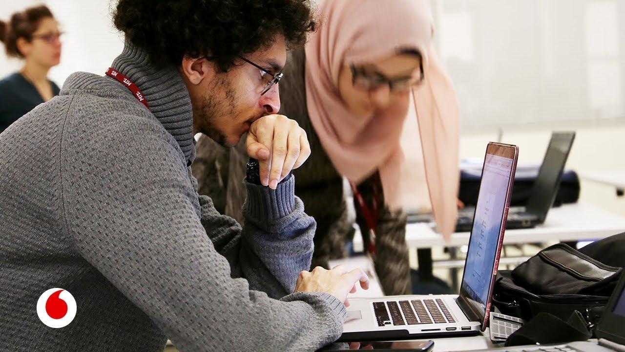 ReACT, el programa del MIT para ayudar a los refugiados