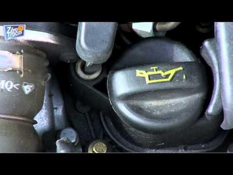 [Conseil Entretien] Vérifiez l'eau et l'huile de votre voiture régulièrement