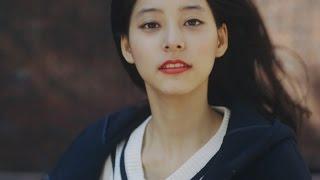 ノンノ12月号付録のローリーズファーム グレータイツをはいた優子が、...