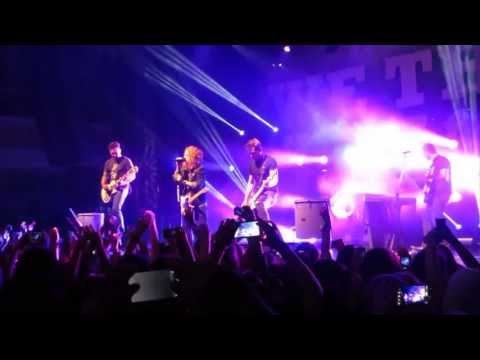 We The Kings - Find You There   Live in San Francisco - Summer Fest 2013