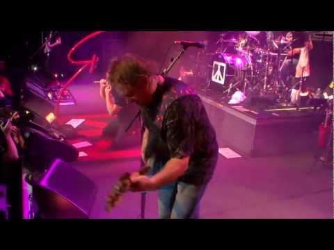 Chickenfoot - HighwayStar (Live) music