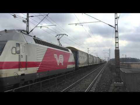 [VR Transpoint] Freight train nr. T3767 pulled by class Sr2 flows thru Ainola station.