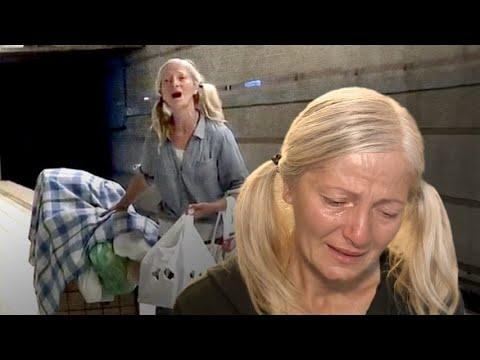 Donna senzatetto incanta il mondo intonando con la sua meravigliosa voce un'aria di Puccini