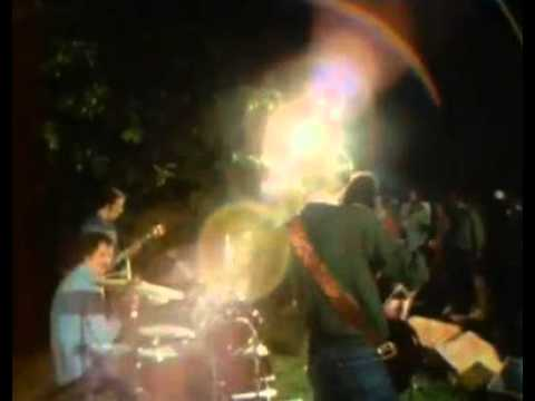 Grateful Dead kicks off first concert on Farewell Tour at Levi