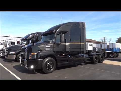 Looking at Trucks - The Mack Anthem