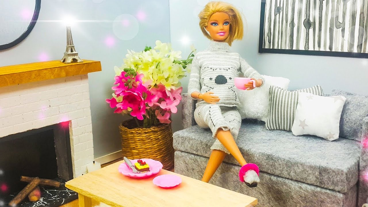 DIY Barbie Hacks and Crafts ~ How To Make Miniature Living Room ~ DOLLHOUSE  Room and Furniture Ideas