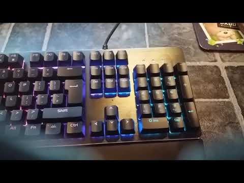 SupermanZ Reviewing The Silvercrest RGB Gaming Keyboard@ £29