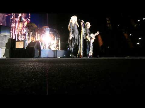 """Fleetwood Mac """"Landslide"""" LA Forum 4-14-15"""