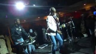 Zakes Bantwini - Shake Ya Bum Bum (LIVE at PinkY eYes Exotic Lounge in Pretoria)