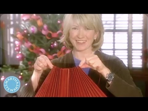 Good Thing: How to Make a Paper Tree Skirt - Martha Stewart