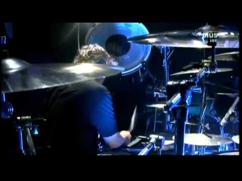 KoRn - Alone I Break (Live @ Rock am Ring 2011)