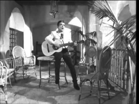 Miguel Aceves Mejía - Un Mundo Raro