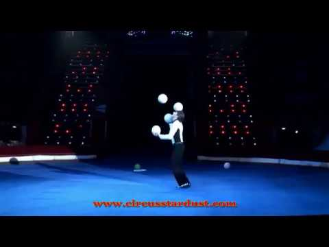 Circus Stardust Agency Entertainment Presents: Juggling Act (Circus Act 01332)