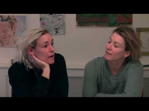 Mikala og Julie fortæller om hvordan momolydbog blev grundlagt
