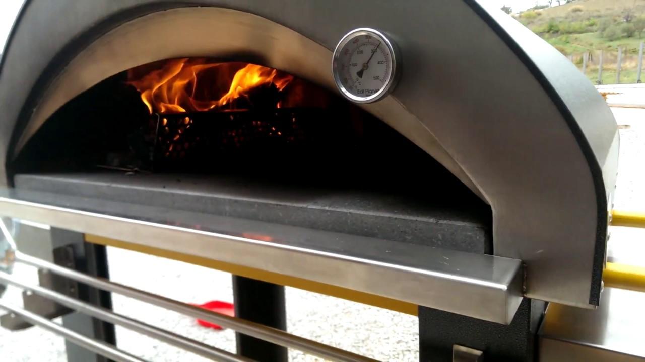 Forno a legna 4 pizze pizzaiolo youtube for Edil planet forni