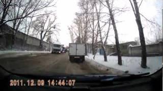 видео Дед Мороз на метро Нагорная
