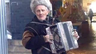 Меланхолия в Дзержинске - дед отжигает, Украина