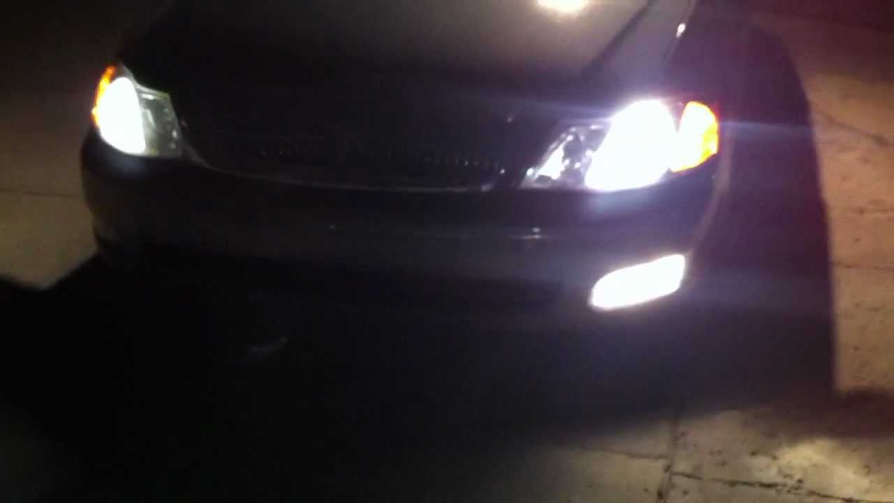 2001 Toyota Avalon Xl With Working Factory Foglights