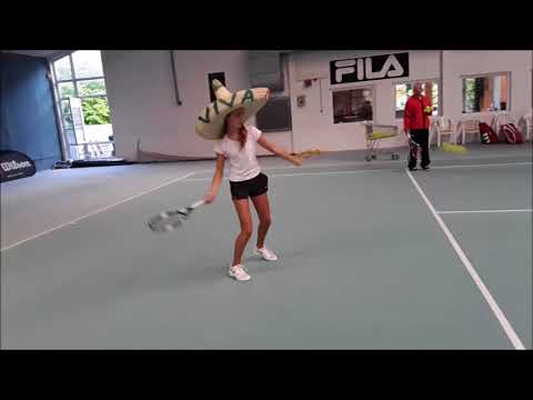 "Tennis Drills - Technik Training - ""The Sombrero Drill"""