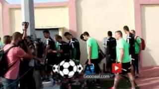 لاعبو المنتخب الجزائري يدشنون ملعب جديد للتدريبات