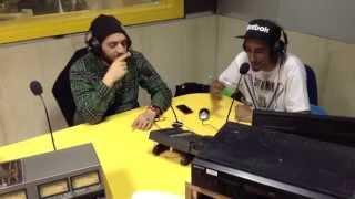 "Johnny Marsiglia canta ""Beat & Flow"" live a Burger Radio"