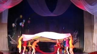 Танец с полотнами Цветные сны
