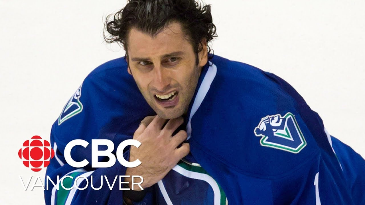 How Roberto Luongo S Retirement Affects The Canucks Salary Cap
