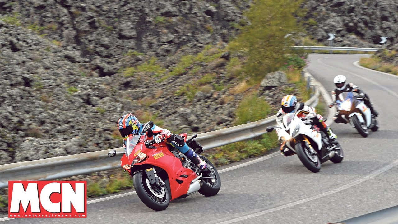 Ducati Panigale 899 fights Suzuki and Triumph | Group Test | Motorcyclenews.com