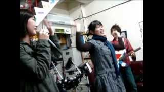 2009/12/19 早稻田日本語中心舉辦的聖誕大會,樂團帶來的表演!