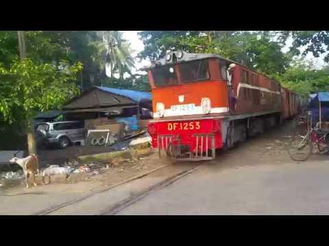 Myanmar Railways In Yangon Unmaned crossing
