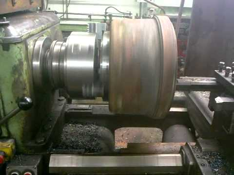 Turning a brake drum on a lathe