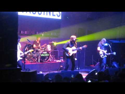 The Vaccines - Melody Calling (Santiago, Chile / 16-05-13)