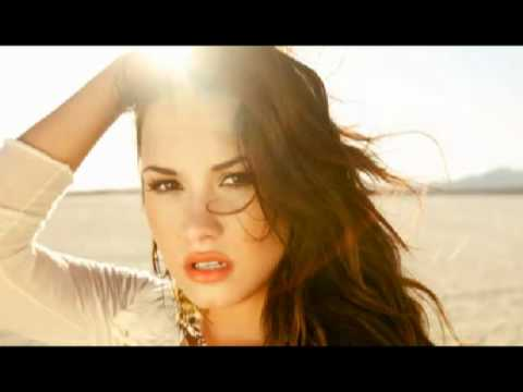 Demi Lovato Skyscraper Guitar Version/Cover +Chords - YouTube