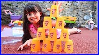 Cup Game İle Bardakları Hızlı Bir Şekilde Bardakları Kapadık | Çocuk Videosu | Rüya'nın Çiftliği