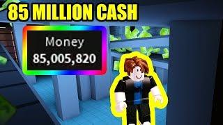 BACON MAN gets 85 MILLION CASH   Roblox Jailbreak Mint Update