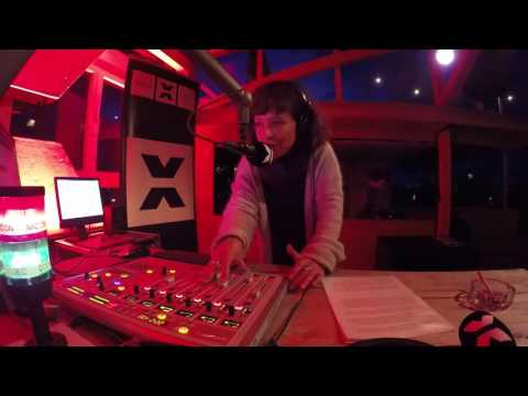 Radio X Rooftopsession auf der Dachterasse - Lawrence (Dial Records) Teil 2
