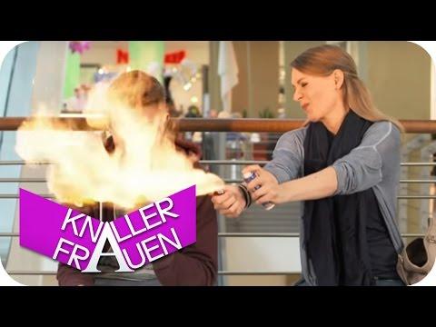 Knallerfrauen mit Martina Hill | Flammenwerfer [subtitled]