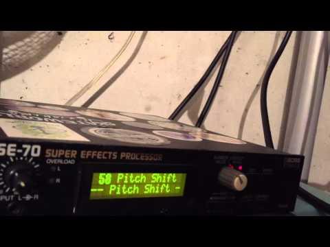 BOSS SE-70 guitar synthesizer (PITCH SHIFTER programming)